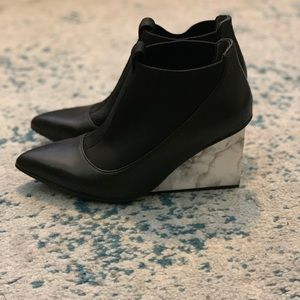United Nude black and marble funky wedges